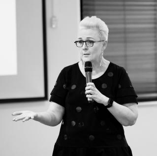 Michelle Redfern Speaker & Facilitator